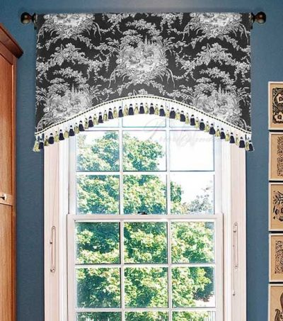 Rooster Toile Valance in Black and White