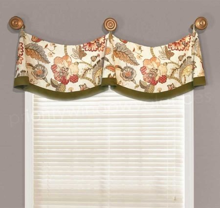 Medallion Swag Valance in Red