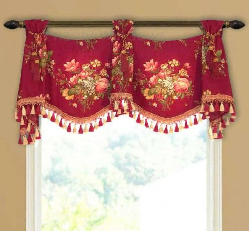 Simple Trumpet and Jabot Valance