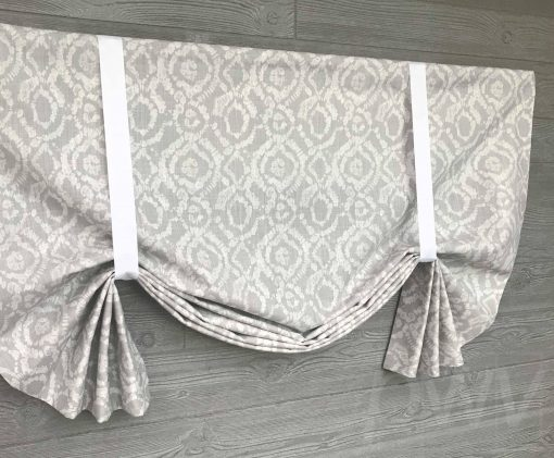 Braylon (Modern Dot Geometric) Tailed Balloon Valance