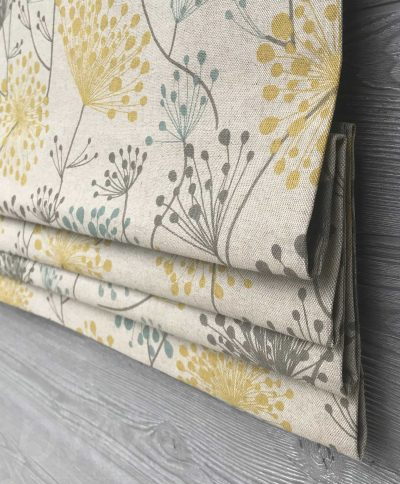Irish Daisy (Modern Floral on Natural) Faux Roman Shade Valance
