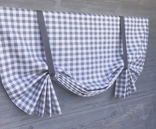 Plaid (Large Gingham Check) Tailed Balloon Valance