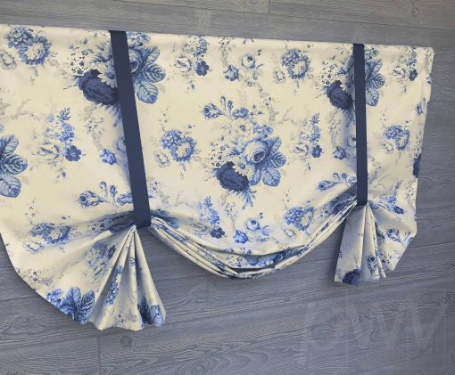 Sanctuary Rose (Traditional Cabbage Rose) Tailed Balloon Valance